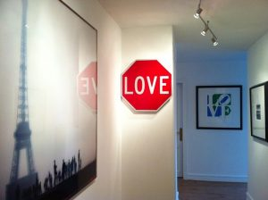 Love Sign in Paris - Anne Valverde photo
